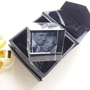 cube en verre gravé avec photo couple
