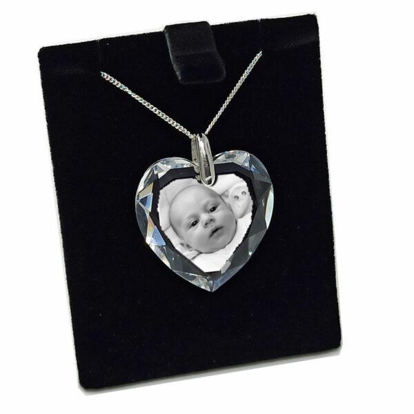 photo gravé dans pendentif en coeur